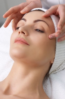 Affordable non-surgical laser facelift